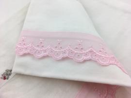 Lakentje en sloopje wit roze