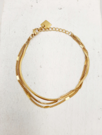 Zag Bijoux Armband triple chain goudkleurig