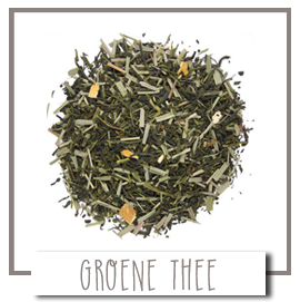 Losse thee, groene thee puur of met bloembloesems en vruchtjes.