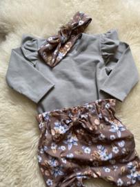 Ruffel shirtje grijs