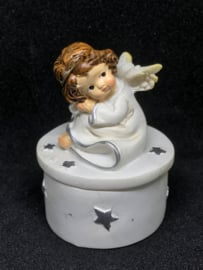 Mooi porcelein doosje met beschermengeltje incl. edelsteentje