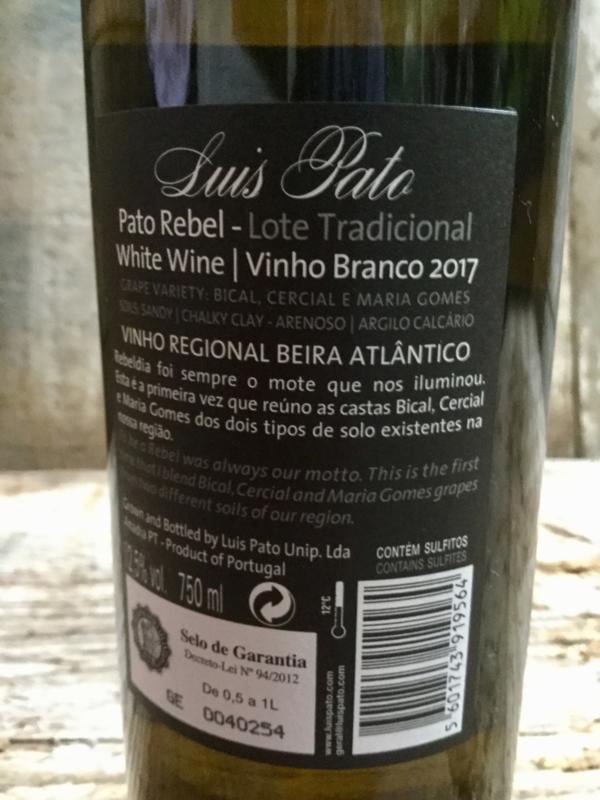 Pato Rebel 2017 branco