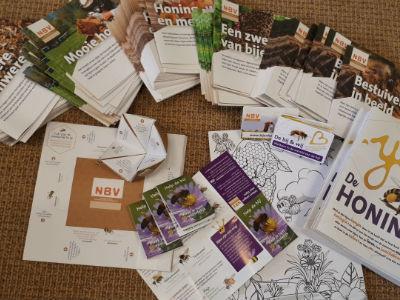 presentatie folderpakket nbv folders brochures