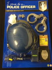 Politie set met helm op kaart
