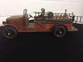 Brandweerauto van hout