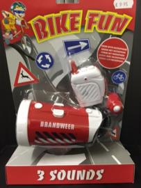Brandweer sirene met microfoon voor op de fiets