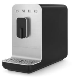 SMEG  volautomatisch espressomachine