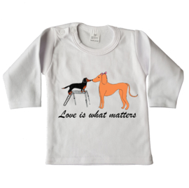 Shirtje Love is what matters