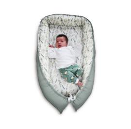Nid de bébé fait main vieux vert menthe Eucalyptus