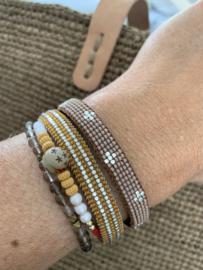 Armband Little Cross in taupe van Ibu Jewels