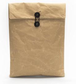 Paper string & button close envelop-hoes, kleur beige-bruin