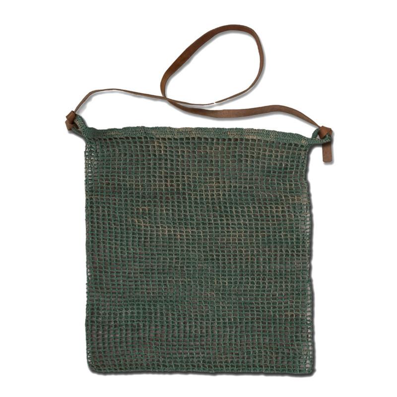 tas farida van het merk Made in Mada, kleur grijs-blauw