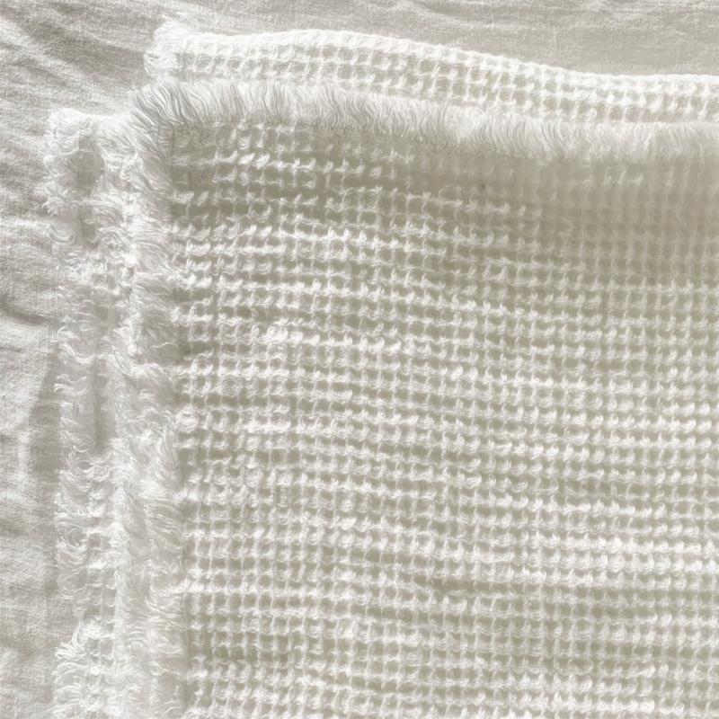 bedsprei, deken, 100 % linnen van Studio RoSmit