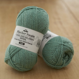 Blacker Swan 4-ply Buttonweed