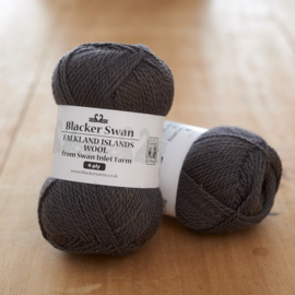 Blacker Swan 4-ply Dolphin