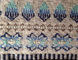 "Sweater ""Shetlandic knitting"" grey/blue"
