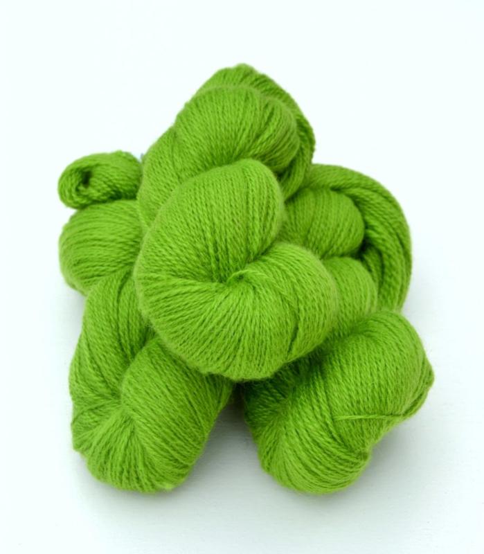 6/2-3141 Lime på vit ull