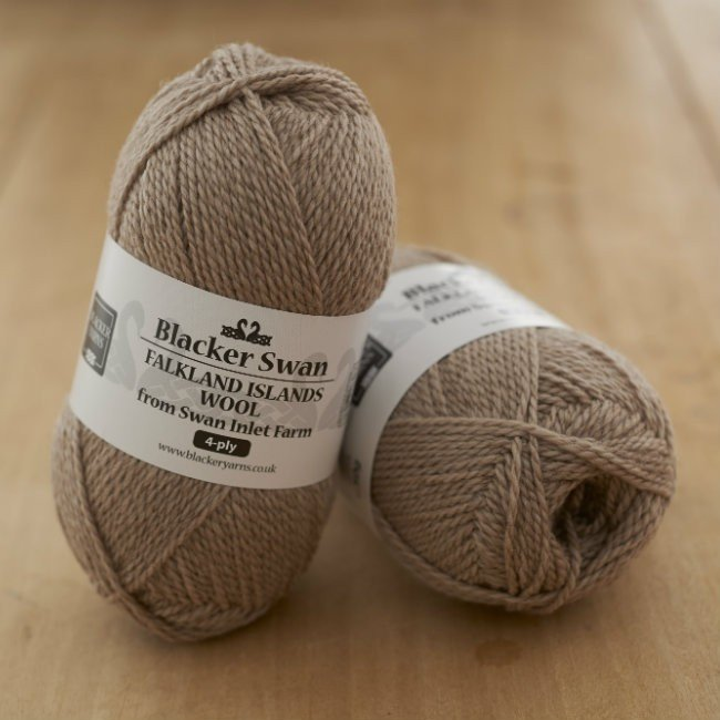 Blacker Swan 4-ply Cinnamon Grass
