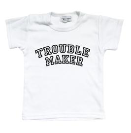 """Shirt """"Troublemaker"""" (zwart of wit)"""