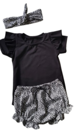 Setje Shirtje + ruffle short cheetah
