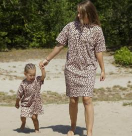 Twinning oversized leopard dress Moeder en Dochter