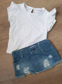 Ruffle shirtje wit