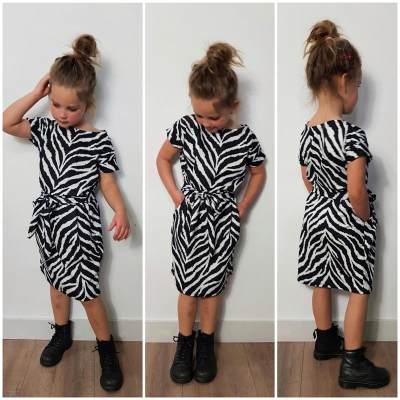 Dress Lovely Zebra (ook voor dames!)