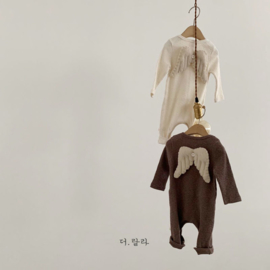 LALA Angel suit in Mocha en off white