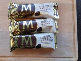 Magnum White & Cookies