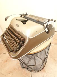 "Brocante Triumph typemachine ""Perfekt"""