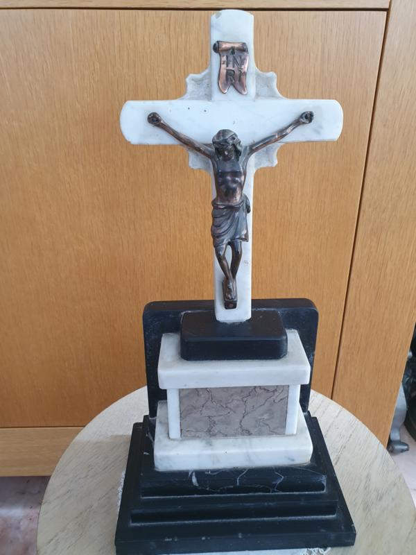 Jesus Christus Marmer monument