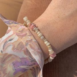 Schelpen/rhodoniet armband, volwassenen