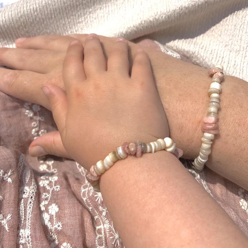 Schelp/rhodoniet armband, kids