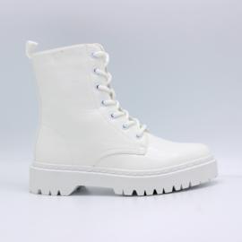 Shoedate 22