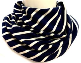Marineblauw met witte strepen