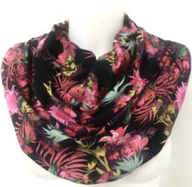 Zwart sjaal met fuchsia bloessom