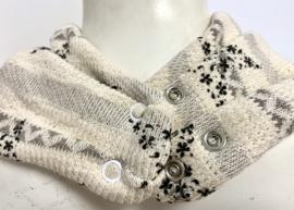 Off-white sjaal met grijze sterren