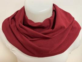 Bordeaux sjaal voor overmatig speekselverlies