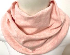 Gemeleerd perziek sjaal