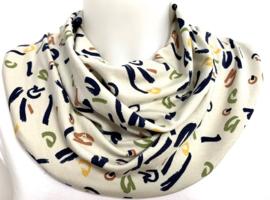 Sand sjaal met tekens