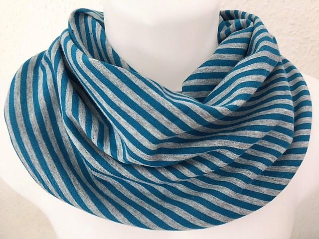 Petrolblauw en grijs gestreept sjaal