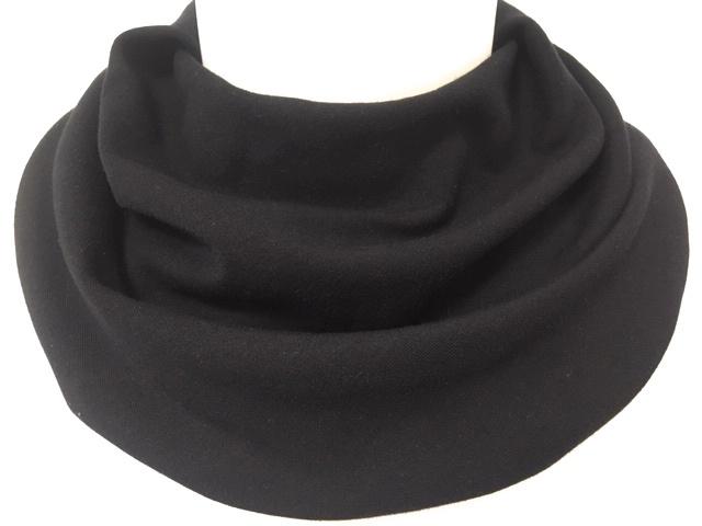 Zwart sjaaltje voor speekselverlies
