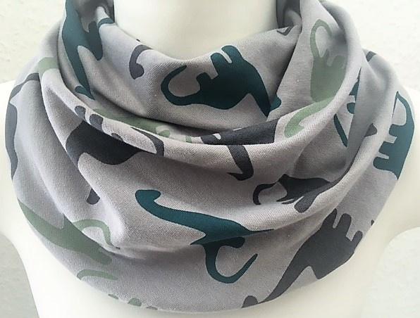 LIchtgrijs sjaal met dinos