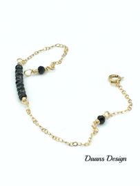 Minimalistic bracelet with AAA black spinel and gold