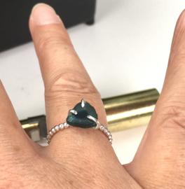 Ring, Zilveren ring met edelsteen, Toermalijn, blauwe toermalijn
