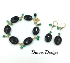 Lange oorbellen Maxima stijl goud groen en zwarte onyx edelstenen