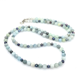 Lange ketting edelsteen aquamarijn, Long necklace gemstone aquamarine, Lange parel ketting, Long pearl necklace