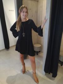 Plissé jurk met ketting Terra di Siena zwart