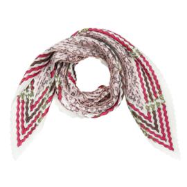Sjaal in plissé met riemprint in ecru/lichtroos