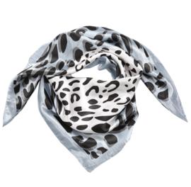 Sjaal met luipaardprint in wit/zwart/grijs